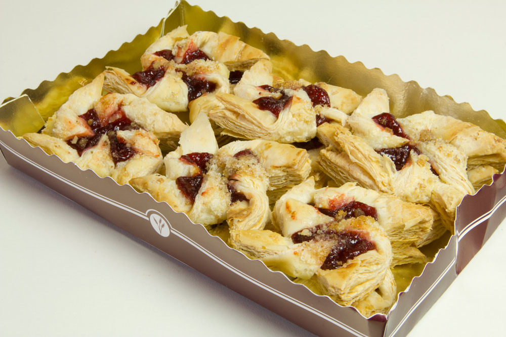 Fluffo - Hayas - Dobo's Delights Bakery